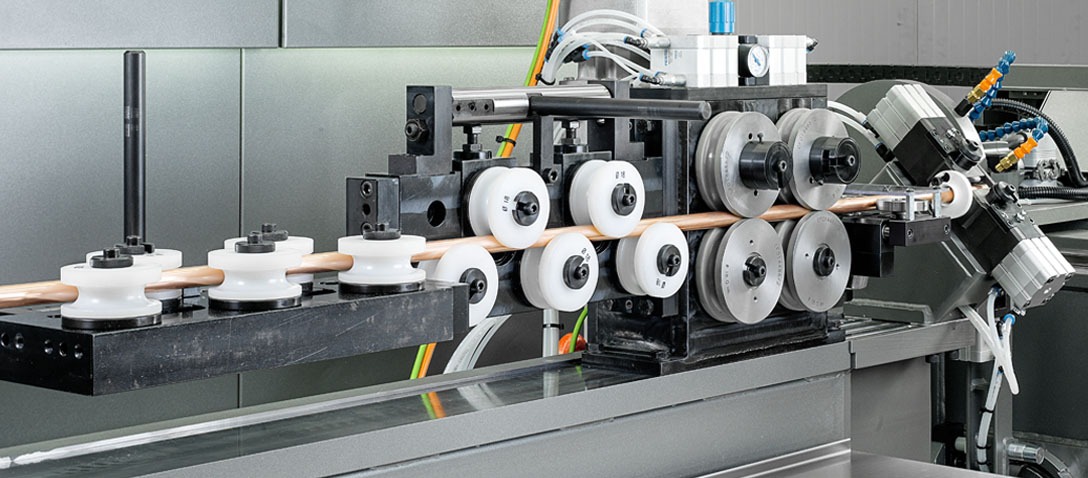 3-RUNNER - Coil-fed tube straightening system for end-forming, tube bending and cutting machine