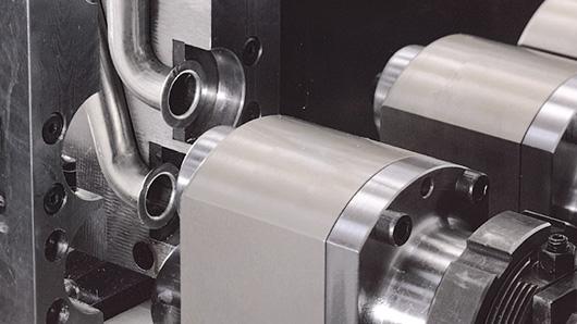 AST30 - Deformadora hidráulica para tubo hasta 40 mm de diámetro y fuerza de empuje hasta 80kN