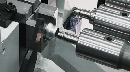 Quick ram tooling change on tube end-forming machines