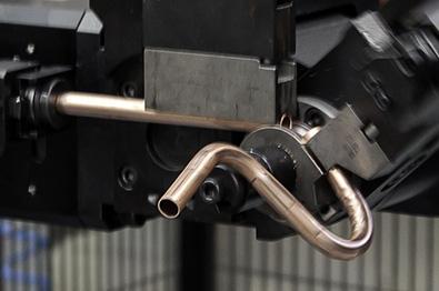 Produrre macchine per il caffè con curvatubi e sagomatubi da coil