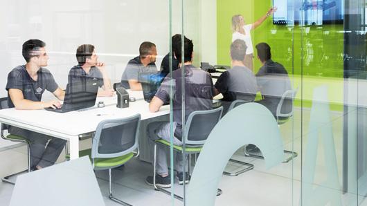 Воспользуйтесь преимуществами множества практических курсов, которые BLM GROUP предлагает по самым разным темам и разными способами