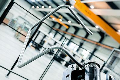 MarkSTAHL produit des tubes cintrés et découpés au laser conformes du premier coup