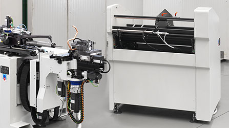 Tube bending machines with automatic loader